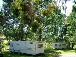 Our two 6 berth retro onsite caravans at Grmapians Paradise Camping and Caravan Parkland