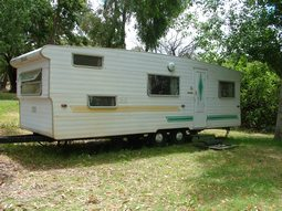 Our 1980's 6 berth reto onsite caravan at Grampians Paradise Camping and Caravan Parkland
